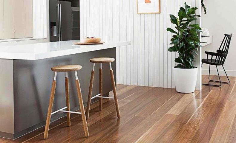 Timber Or Laminate Flooring Slinky Life